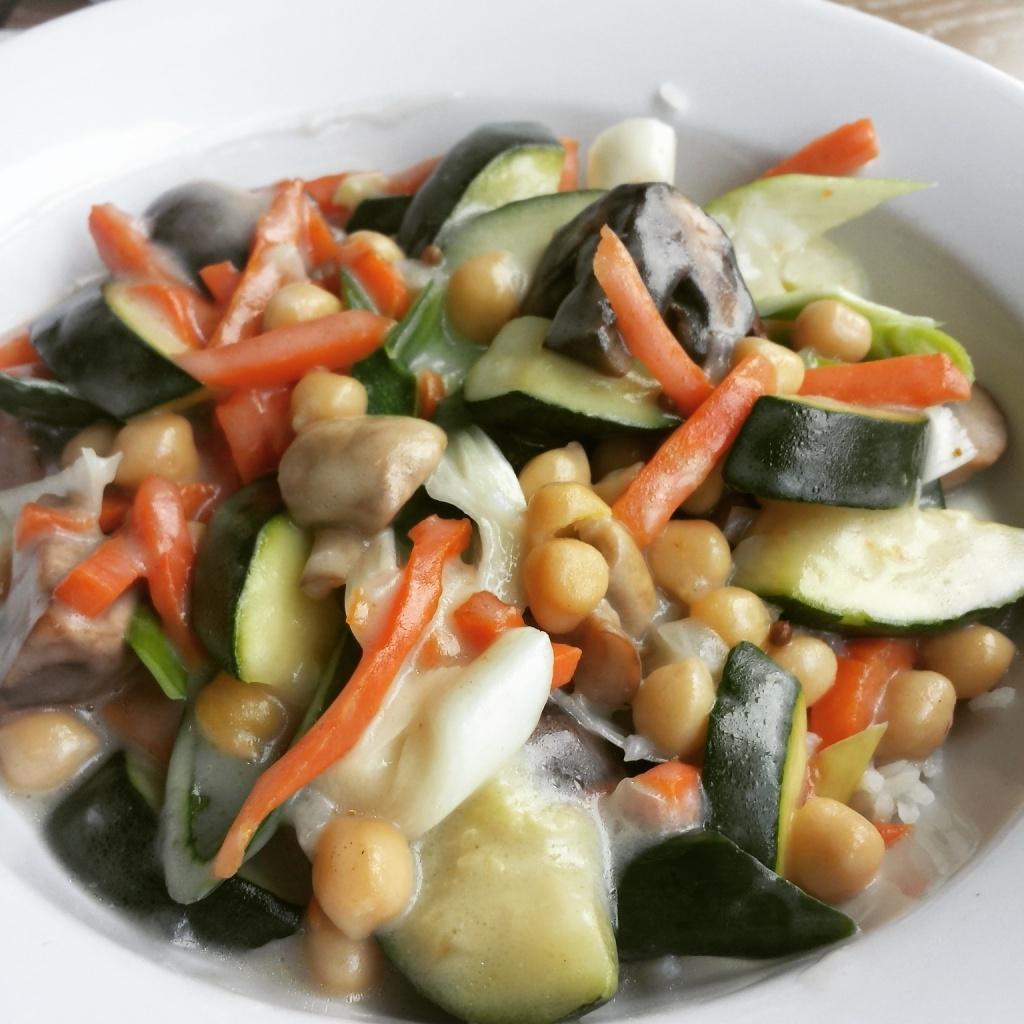 5 Wochen Fit Challenge - Kokosnuss Erbsen Curry