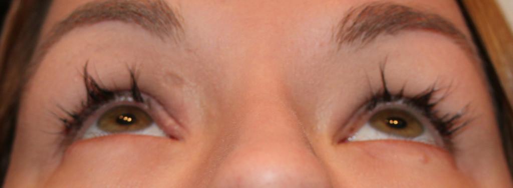 Wimpernverlängerung - Erfahrungsbericht - Abgebrochene Wimpern nach Wimpernverlängerung