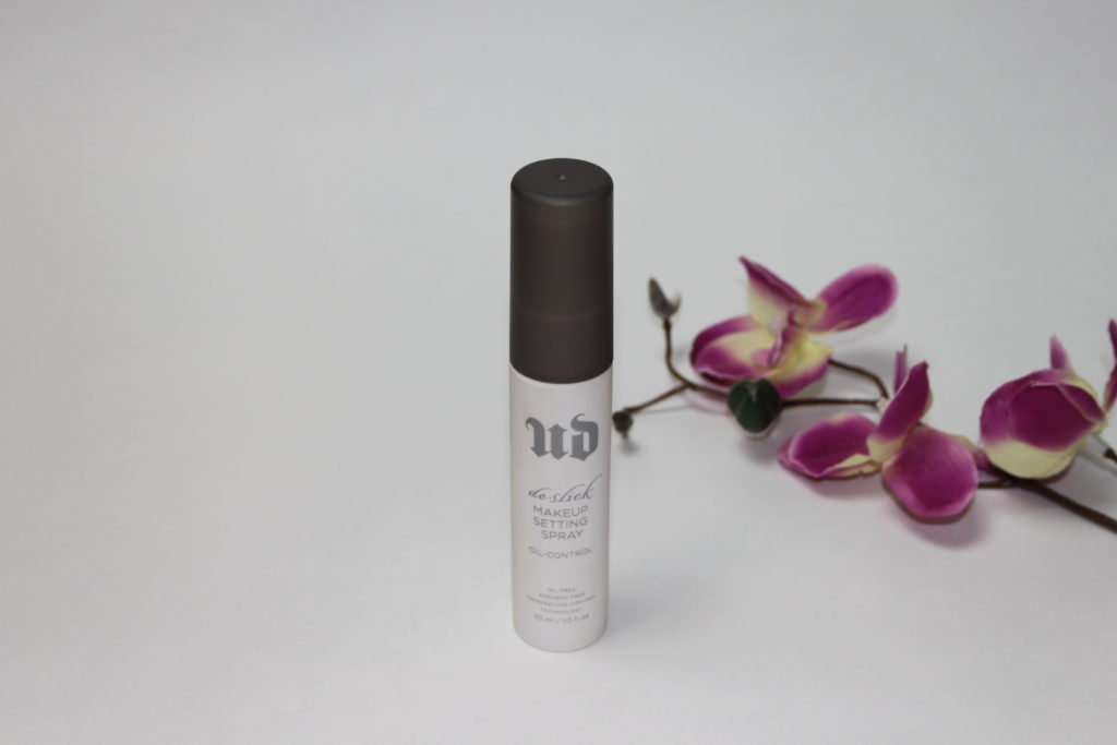 MakeUp Setting Sprays im Vergleich - Urban Decay De-Slick Make-up Setting Spray Oil-Control