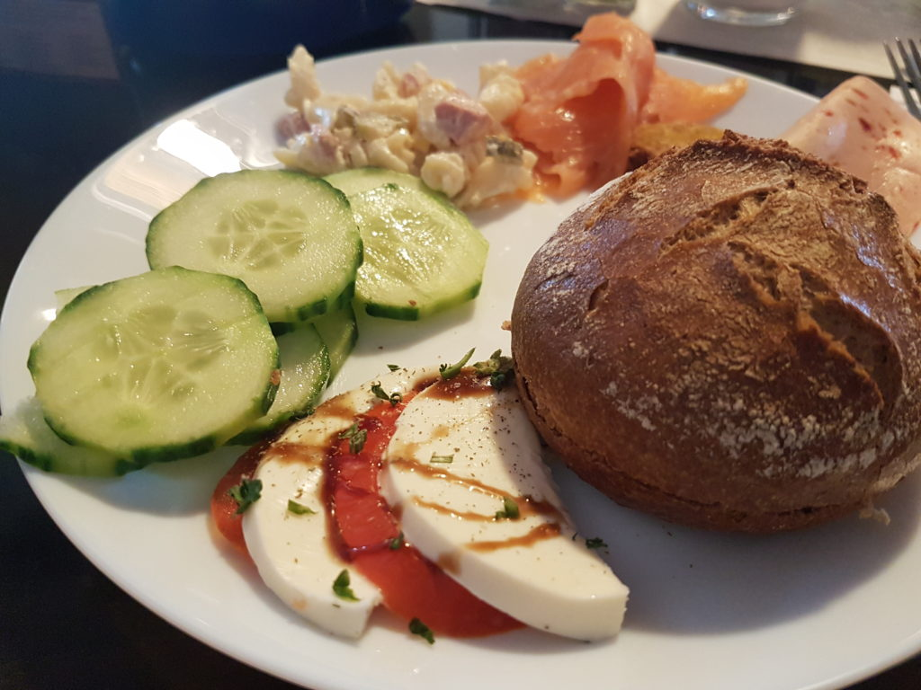 Wochenrückblick 14/ 2017 - Frühstück im Charisma